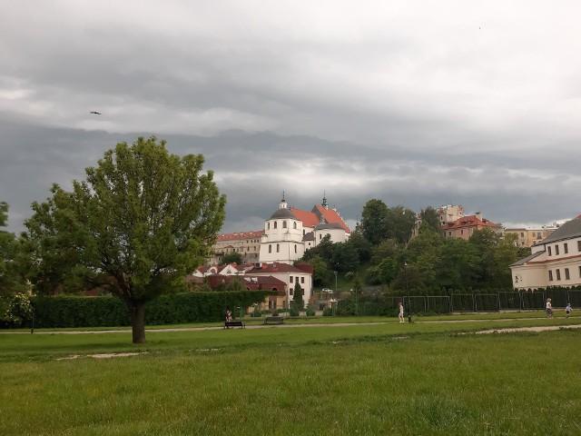 Złowrogo wyglądające chmury nad Lublinem zwiastowały załamanie pogody