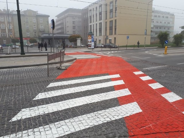 Przejście dla pieszych przy pl. Bohaterów Getta już działa!