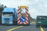 Droga S3: ciężarówka w rowie i utrudnienia w ruchu