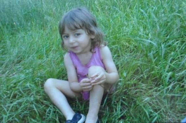 Angelika krótko przez zatruciem muchomorem, do którego doszło 16 września. Sześć dni po zatruciu lekarze przeszczepili 4-latce wątrobę, co uratowało jej życie. W kwietniu Angelika skończy 5 lat.