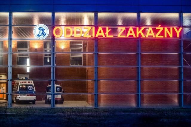 Poznańscy zakażeni w ciężkim stanie mogą liczyć na nową terapię.