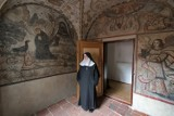 Tajemnice zabytkowych klasztorów i ich niezwykli mieszkańcy