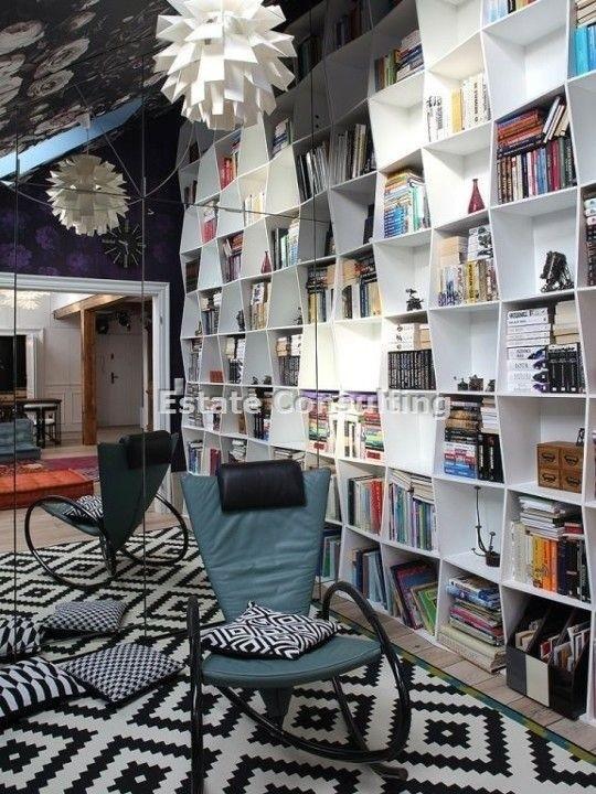 Gabinet z biblioteką , który może być jednocześnie pokojem...