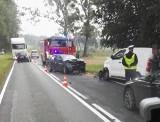 Wypadek dwóch samochodów pod Trzebnicą [ZDJĘCIA]