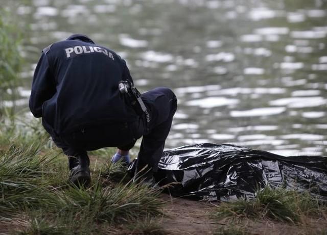 Służby ratunkowe otrzymały zgłoszenie o znalezieniu ciała kobiety w rzece Ilanka
