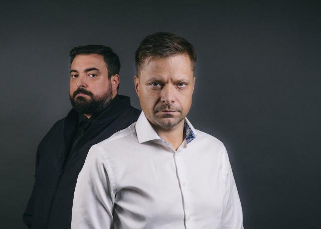 Bracia Tomasz i Marek Sekielscy urodzili się w Bydgoszczy.