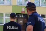 """Alarm bombowy w przedszkolu na Nowym Dworze. Ewakuacja dzieci """"Wszyscy zdechniecie"""""""