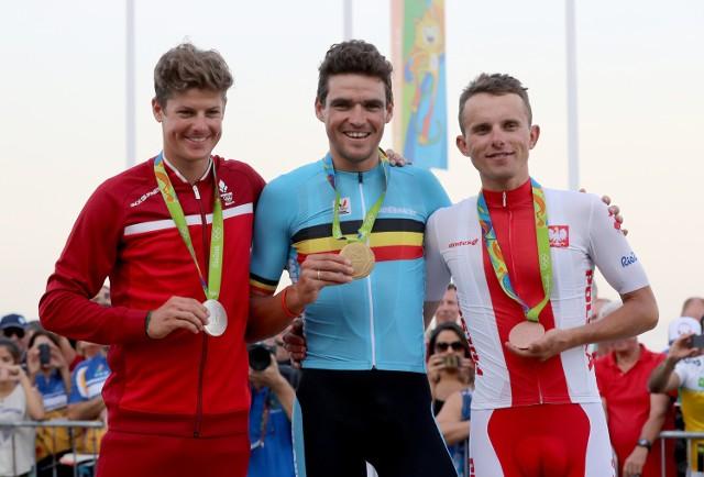 Rafał Majka (pierwszy z prawej) zdobył brązowy medal w wyścigu ze startu wspólnego
