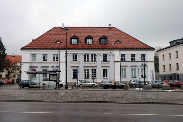 Obecnie w kamienicy przy ul. Kilińskiego znajduje się Książnica Podlaska im. Łukasza Górnickiego