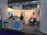Białostocka firma Solution4Labs pracuje nad wprowadzeniem Rozszerzonej Rzeczywistości do laboratoriów. Pokazała, co umie, w Monachium.