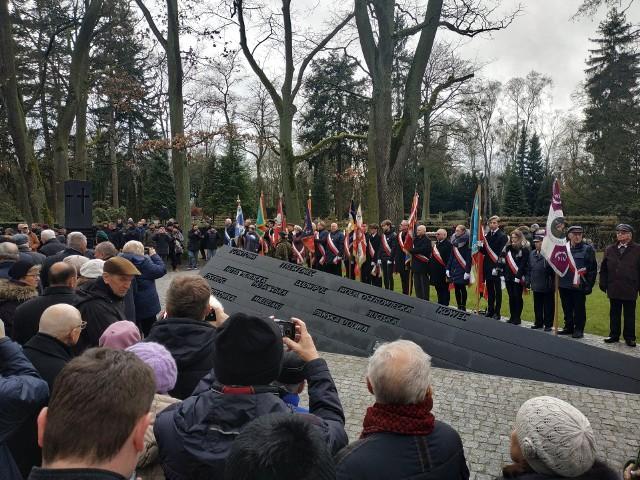 SZCZECIN. Na cmentarzu komunalnym w Szczecinie odsłonięto Pomnik Ofiar Nacjonalistów Ukraińskich 1939-1947.