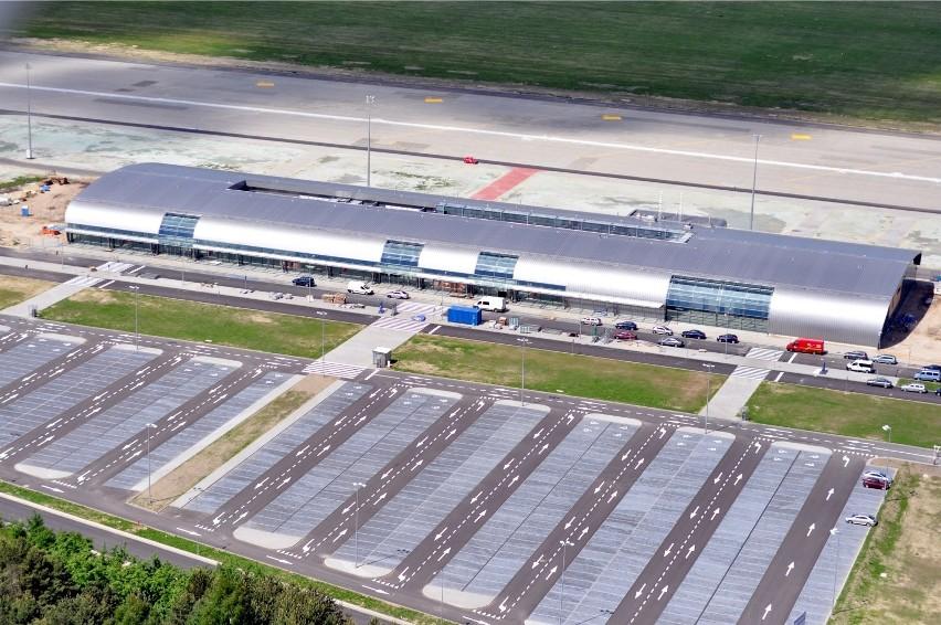 Lotnisko Warszawa/Modlin otwiera punkt wymazowy COVID-19....