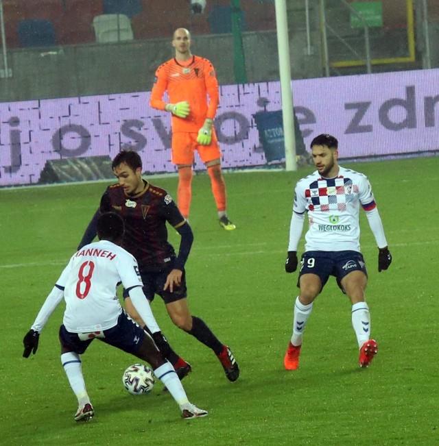 Górnik Zabrze pokonał w listopadzie Pogoń Szczecin 2:1.
