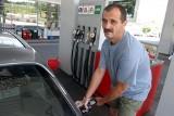 Ceny benzyny i oleju napędowego w regionie bardziej niż upał rozgrzewają nam głowy