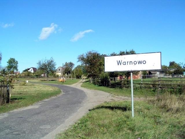 Mieszkańcy wsi mają dość dwuwładzy. Chcą, żeby burmistrz rozwiązał w końcu ten problem.