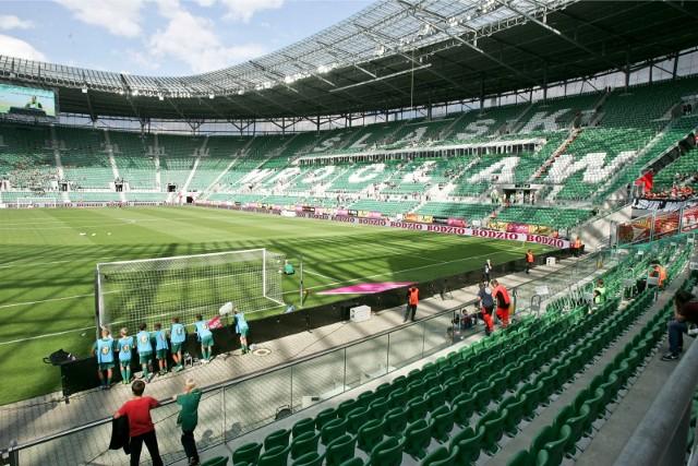 Zdaniem dyrektora Piotra Nowickiego kłopoty finansowe wynikają z tego, że za mało kibiców Śląska Wrocław chodzi na mecze