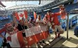 Kibice z Kielc i Piekoszowa wspierają reprezentację Polski w Sankt Petersburgu w meczu ze Szwecją [ZDJĘCIA]