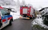 Strażacy pomogli uratować 80-latka w wiosce pod Limanową
