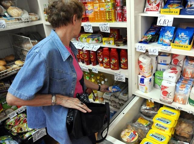 Kleptoman najczęściej bierze towary, których nie potrzebuje. Po wyjściu ze sklepu nie wie co z nimi począć.