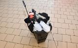 Kradzież sklepowa w Tarnobrzegu. 27-latek odpowie za kradzież rozbójniczą, bo w czasie ucieczki szarpał się z ochroniarzem