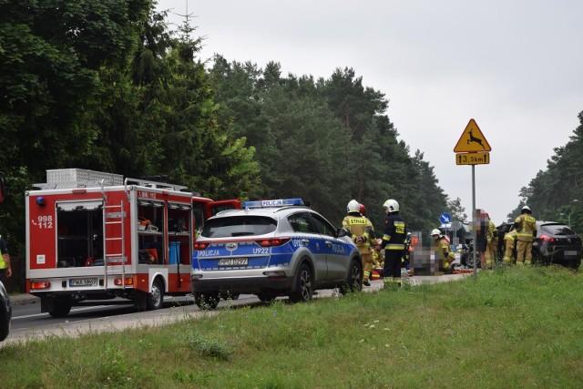 Na drodze krajowej nr 25 w Lucimiu samochód potrącił jelenia. W wyniku wypadku jedna osoba została poszkodowana. Zwierzę nie przeżyło.