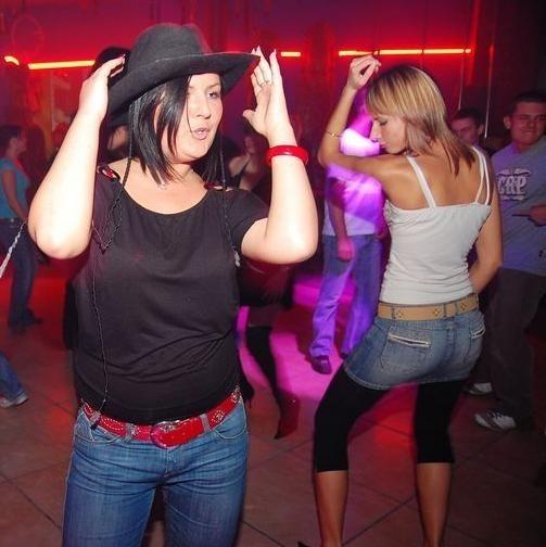 Party u Papy - sobotnia noc w klubie U Papy Musiola w Opolu