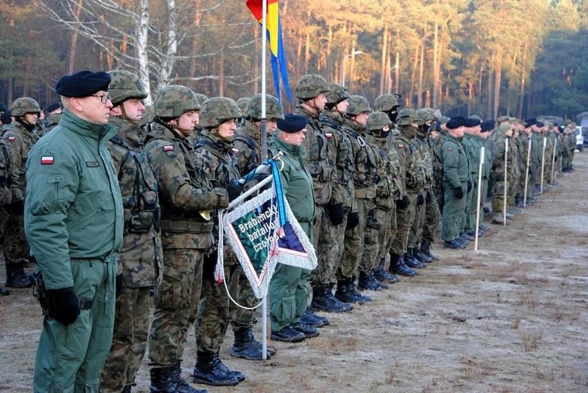 """Żołnierze 34. Brygady Kawalerii Pancernej z  Żagania uczestniczą w największych od siedmiu lata ćwiczeniach """"Serwal -16"""""""
