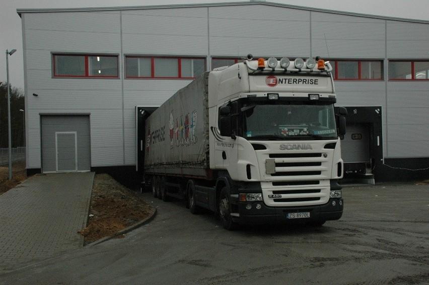 Szczecin: Garo Polska uruchomiła produkcję w strefieFirma Garo już produkuje w nowym zakładzie. To pierwszy transport produktów.