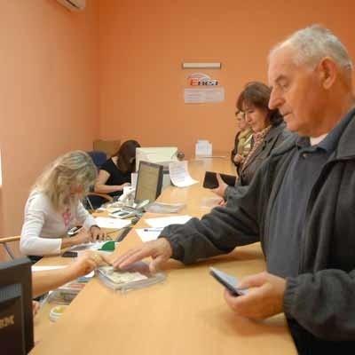 Czesław Bakunowicz mieszka w pobliżu ul. Kupieckiej. To właśnie tutaj dokonuje swoich płatności.