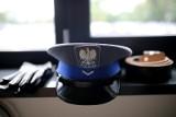 Prokuratura zajmuje się sprawą policjantów z KPP w Kościerzynie. Miało dojść do znieważenia i naruszenia nietykalności osobistej