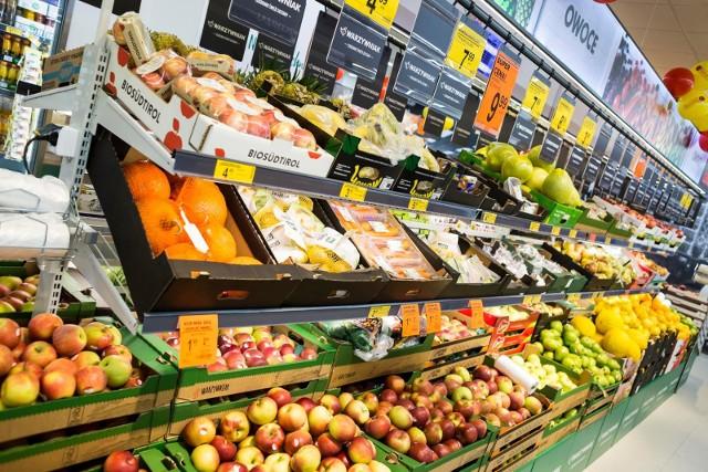 Duże sklepy będą obowiązkowo przekazywać produkty organizacjom pozarządowym.