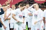 Mundo Deportivo: Robert Lewandowski napastnikiem, który odbierze Złotą Piłkę Leo Messiemu