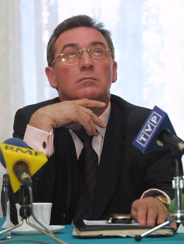 Zbigniew Zychowicz twierdzi, że po odejściu z SdPl nie będzie się rozglądał za inną partią.