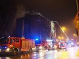 Tragiczny pożar w kamienicy przy Zgierskiej na Bałutach. Jedna osoba nie żyje! Pożar w kamienicy przy Oblęgorskiej ZDJĘCIA, FILM