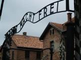 79. rocznica pierwszej egzekucji w Auschwitz. Wśród ofiar byli mieszkańcy Małopolski Zachodniej