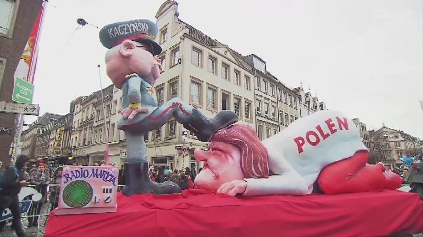 Polska pod butem Kaczyńskiego na karnawałowej paradzie w Duesseldorfie