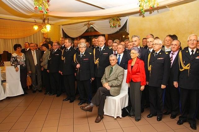 Benefis pułkownika Zdzisława Filingera. Nestor opolskiego pożarnictwa skończył 90 lat.