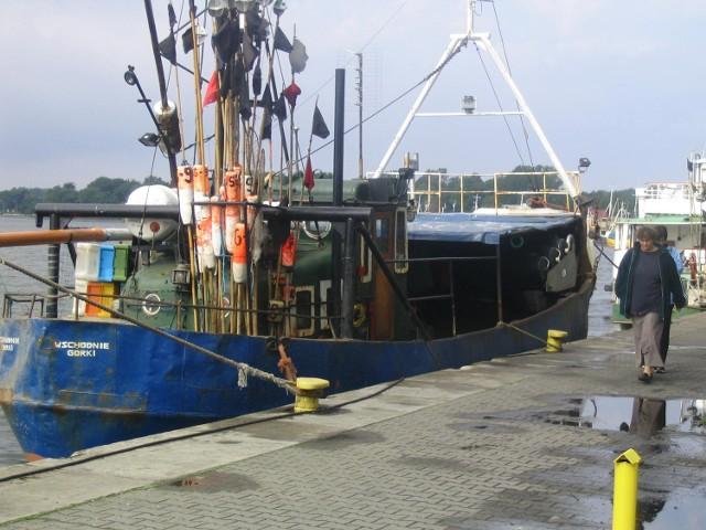 Aż 60 procent właścicieli kutrów z portów od Ustki na zachód kraju deklaruje zamiar likwidacji floty i zmianę zawodu .