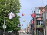 W Kielcach już można poczuć atmosferę Budzenia Sienkiewki! W niedzielę nad deptakiem zawisły lampiony! Zobacz jak się prezentuje [ZDJĘCIA]