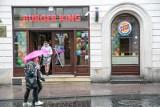 Burger King zaprasza do McDonald's. O co chodzi? Duże i małe marki zwracają uwagę na problemy branży gastronomicznej