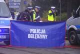 Śmiertelne potrącenie kobiety w Łodzi. Na ulicy Rodakowskiego na Górnej młody kierowca śmiertelnie potrącił starszą kobietę