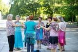Białystok. Seniorzy tańczą na Plantach. Stowarzyszenie Akademia +50 zaprasza do aktywności i zabawy. Każdy może dołączyć (ZDJĘCIA)