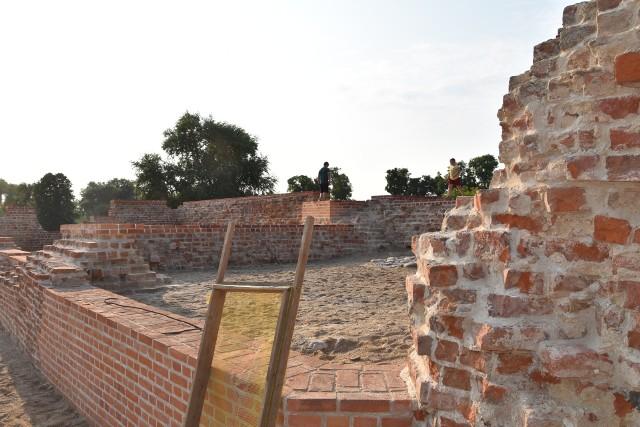 Ruiny zamku rycerskiego w Szubinie, po rewitalizacji, nie do poznania