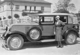 """Ach, te przedwojenne auta! Limuzyna, kabrio, czy """"kareta""""? Zobaczcie motoryzacyjne prospekty reklamowe z lat 20 XX wieku!"""