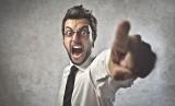 Szef ma prawo krytykować pracownika, jednak nie może w żaden sposób naruszać jego godności