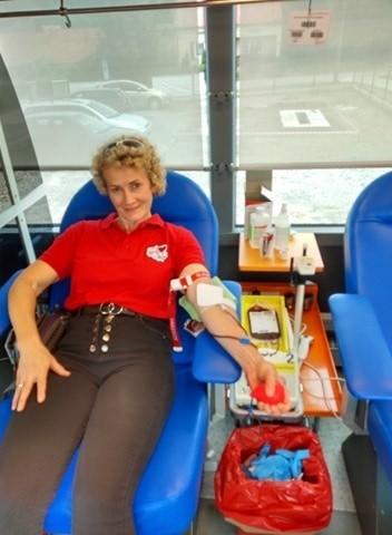 Maria Pałac, sołtys wsi Harta, a także członek klubu Honorowych Dawców Krwi Nadzieja też chętnie włącza się ze zbiórki krwi