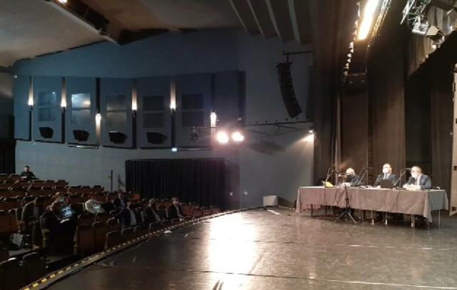 Na nadzwyczajnej sesji Rady Miasta nie odwołano przewodniczącego Dezyderiusza Szwagrzaka