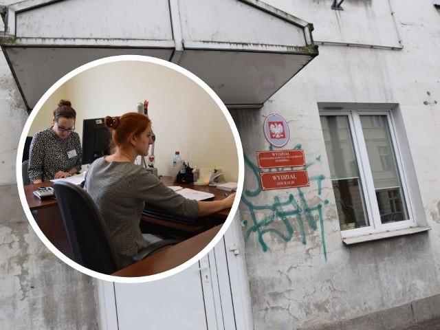 Jak zapowiada prezydent Grudziądza, w najbliższym czasie zostanie także wykonana zewnętrzna elewacja budynku przy ul. Sikorskiego 32 gdzie działają już wydział edukacji oraz wydział gospodarki komunalnej.