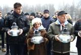 Muzeum na Majdanku: Byli więźniowie i młodzież uczcili pamięć ofiar Holokaustu (ZDJĘCIA)