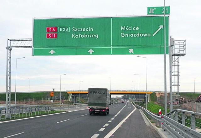 To m.in. w tym miejscu powinien pojawić się drogowskaz kierujący na Mielno. Nie wszyscy mają przecież w aucie nawigację